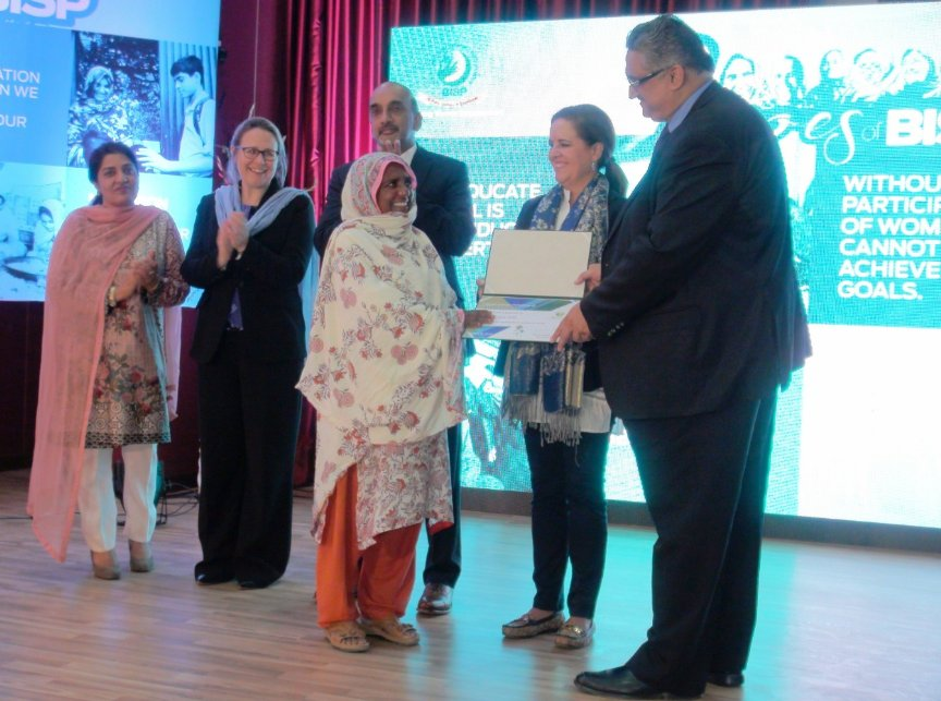 "Secretary BISP giving certificates to a BISP beneficiaries at the   digital testimonials launch ceremony ""Heroes Of BISP"" at BISP  headquarters Islamabad. #BISP #SuccessStories #DigitalTestimonials #HeroesOfBISP  @IMFNews"