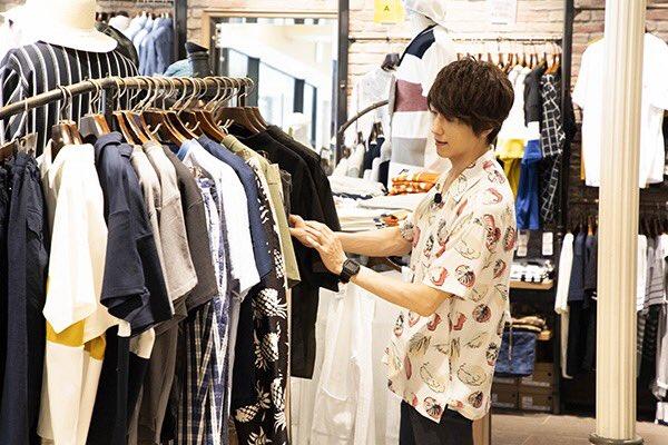 【第1回は10/26放送】和田さんに似合うコーディネートを考えながら、店内を見て回る鈴木さんと玉城さ