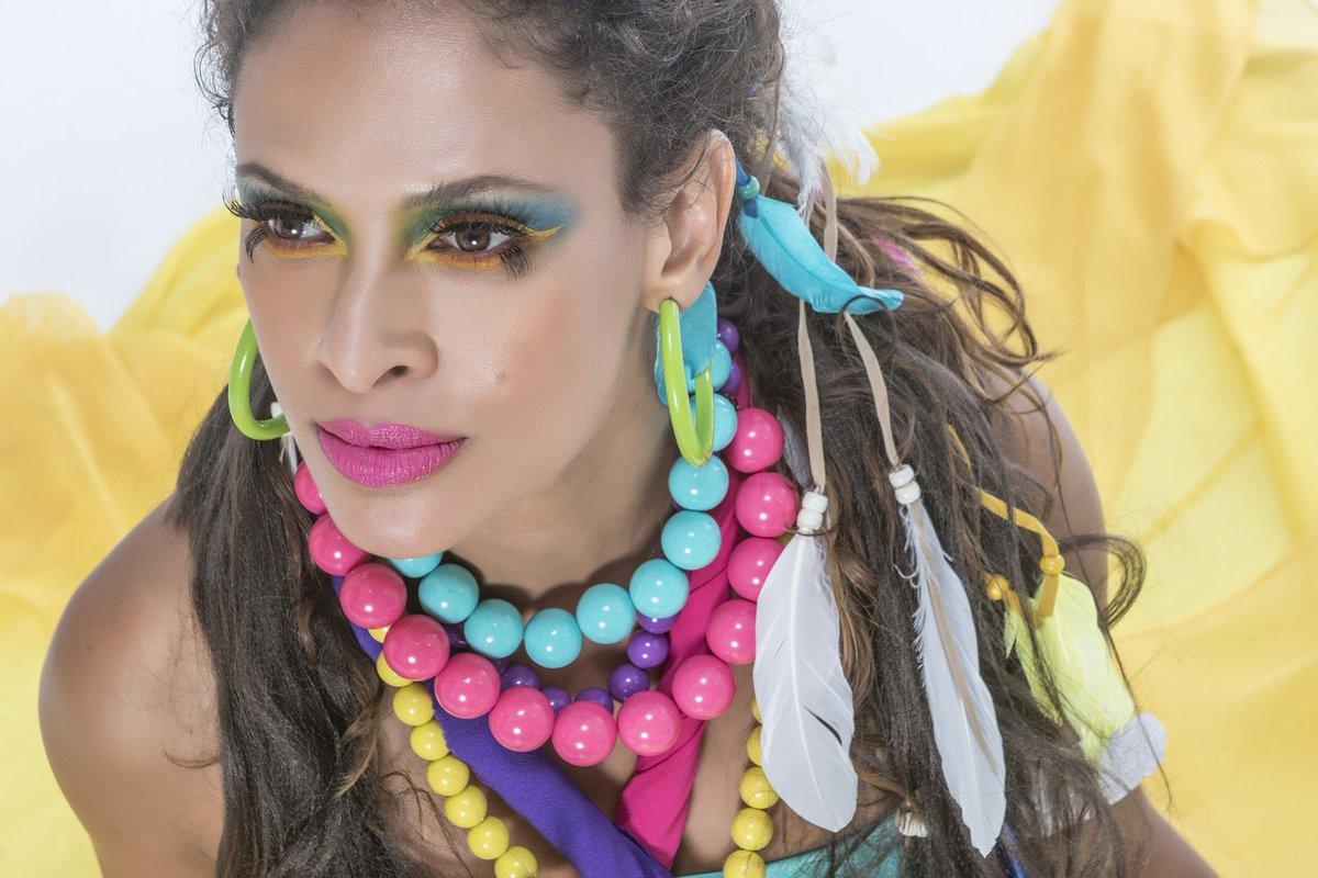 Renata Jambeiro grava show de inspiração feminina em que canta João Bosco e Zélia Duncan https://t.co/8Fj0QfwIOg #G1