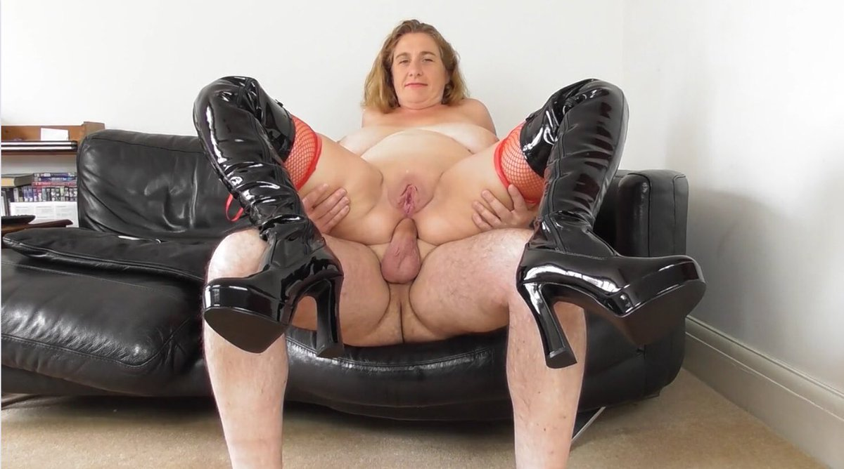 Fur and boots lady porn gif