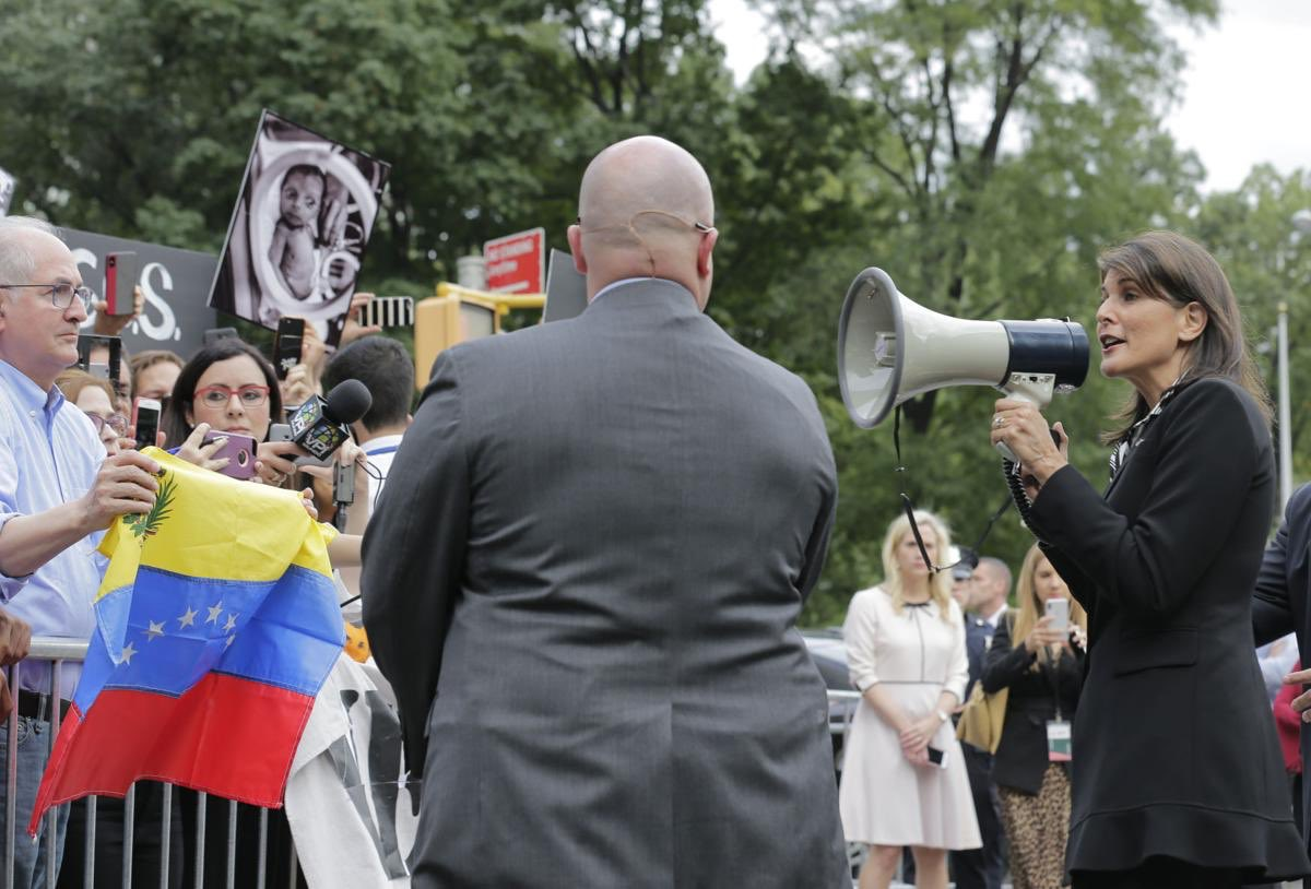 Tag diplomacia en El Foro Militar de Venezuela  DpEq5rBWsAI9pCM