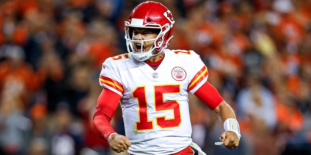 patrick mahomes throws ball out of stadium