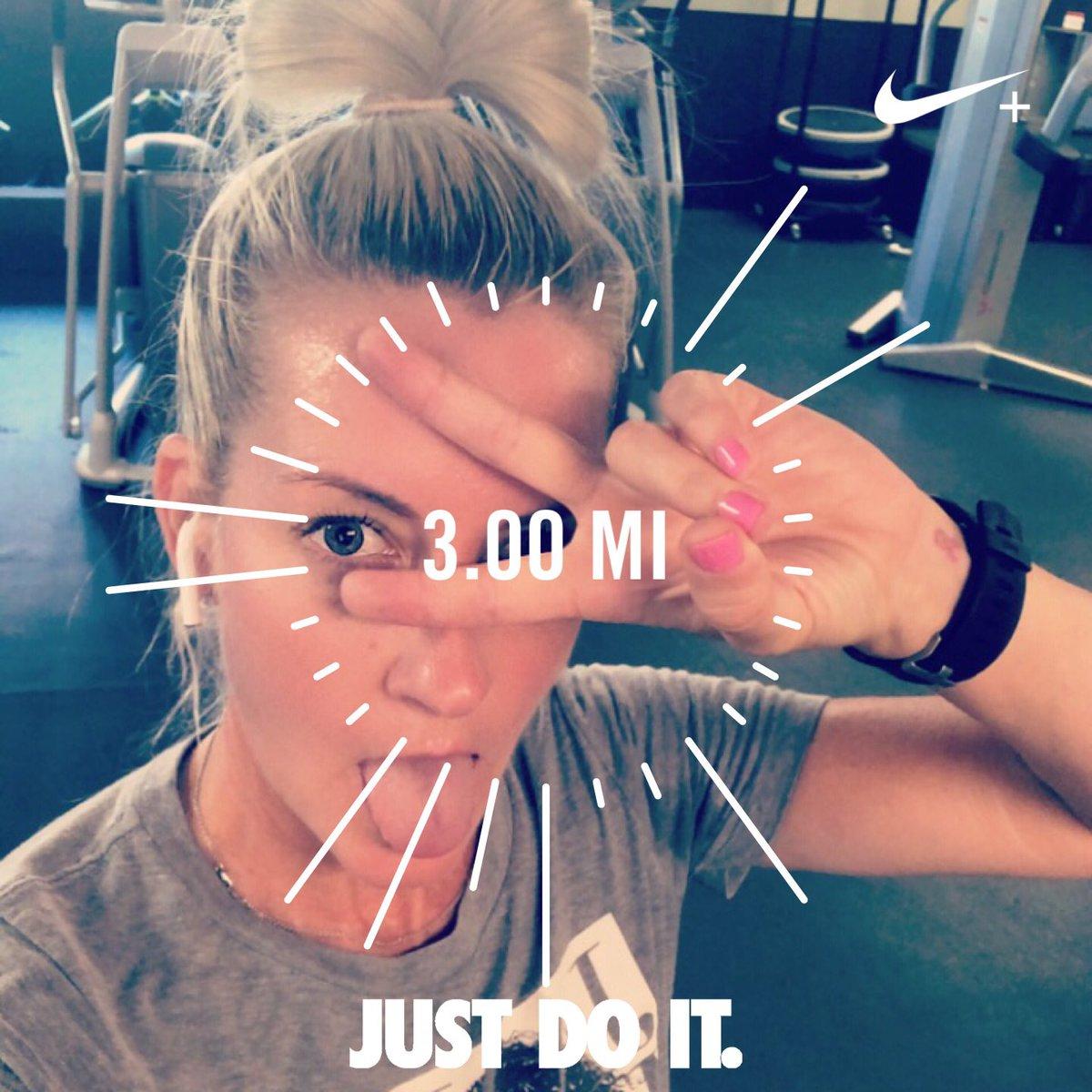 MONDAY-strength, endurance & cardio—>Ran 3.00 miles with Nike Run Club #Monday #justdoit #treadmillwork #Biotropics<br>http://pic.twitter.com/eCQyIJtsKC