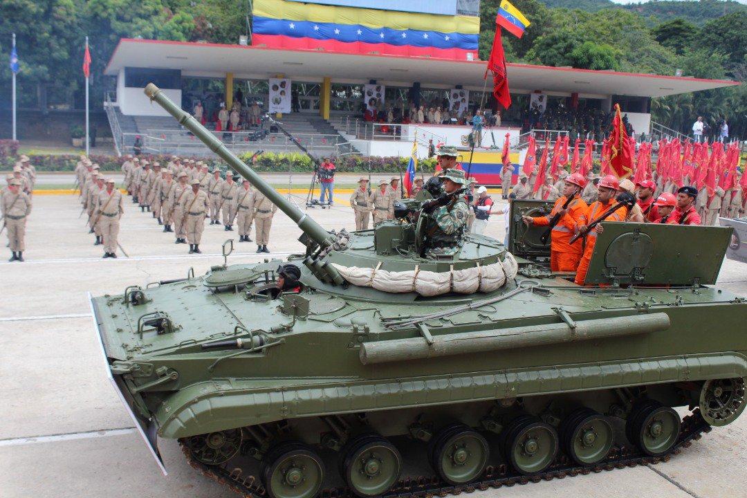 BMP-3 Vehículo militar de Infantería - Página 3 DpF4_ipW4AEI8F8