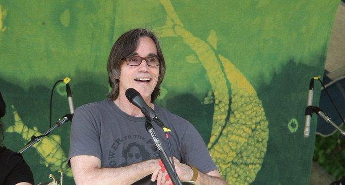 Happy 70th Birthday to Legendary Singer-Songwriter Jackson Browne (Watch a Documentary)