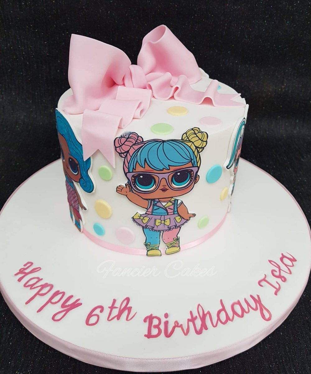 Fancier Cakes On Twitter Very Pretty Cake For A Big Lol Doll Cake