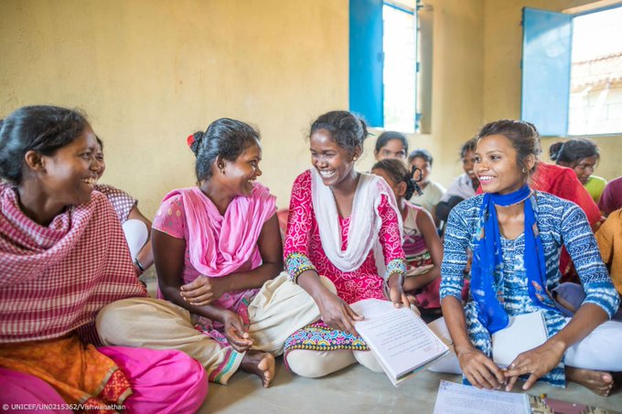 Teamwork Negotiation Communication These transferable skills are 🔑 to success in the rapidly changing world. Schools and out-of-school programmes must focus more on these. #DayOfTheGirl #GenUnlimited Photo