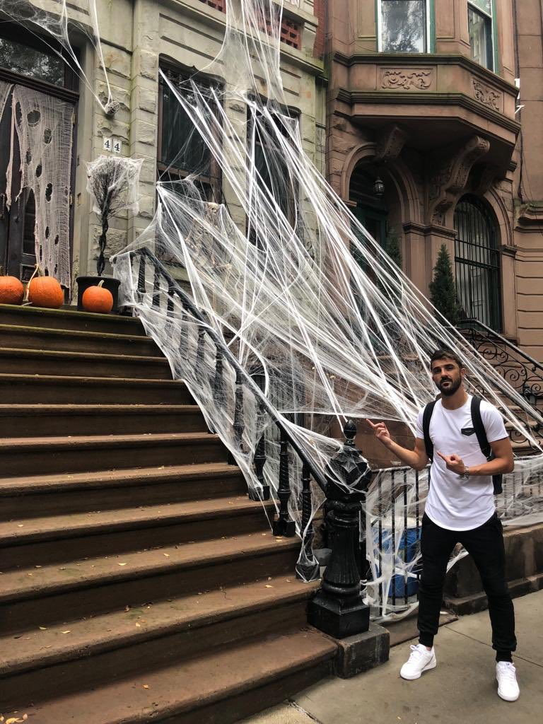 Halloween is coming!!! Are you ready? 👻🎃🗽#halloween2018 #Manhattan #NYC