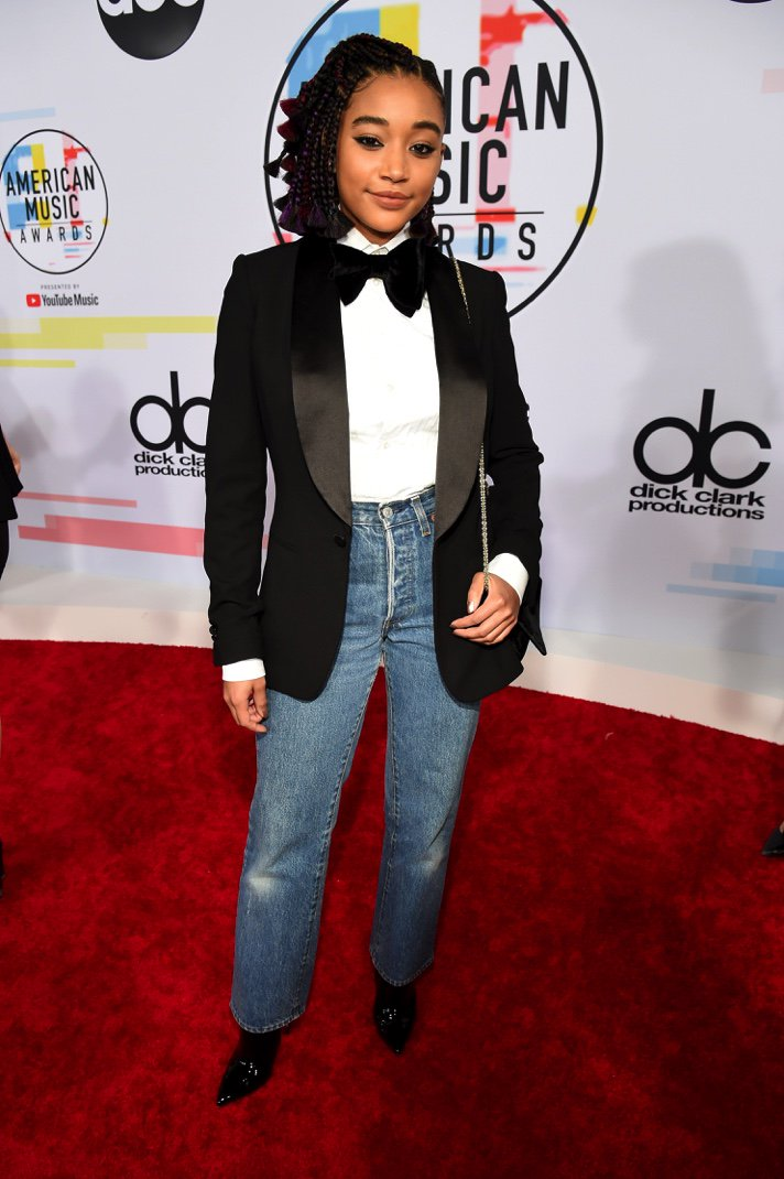 Jeans and a tux jacket—always in style @amandlastenberg #VMAs