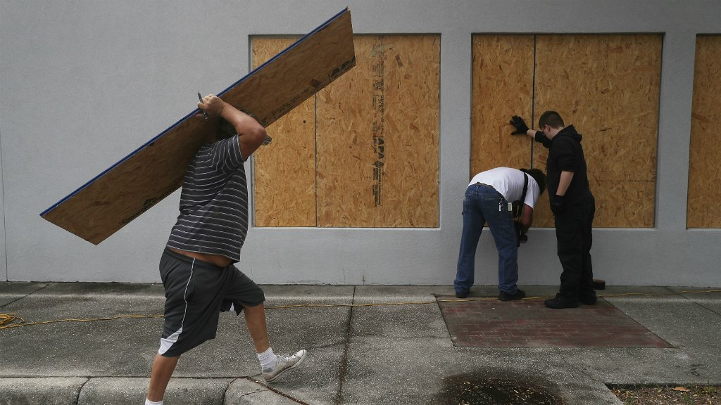 Hurricane Michael strengthens as Florida prepares for 'monstrous' hit https://t.co/gqDNx68ul6 https://t.co/s1EFIY1ONx