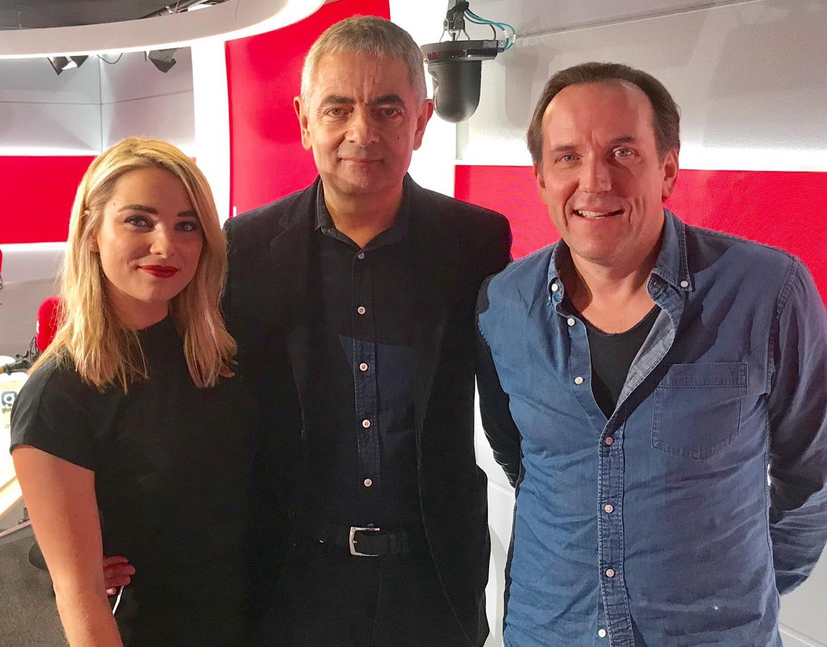 Ben may have missed the dress code memo, but we were in stitches when #JohnnyEnglish himself, #RowanAtkinson, &amp; #BenMiller joined @sianwelby on @thisisheart this evening  @johnnyenglish<br>http://pic.twitter.com/fYS3UU6JXN
