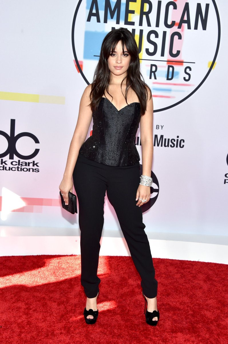 This #AMAs look just left me speechless, @Camila_Cabello 💕