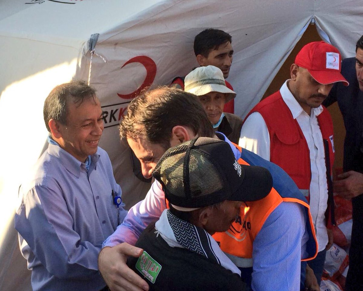Turkish Minister of Treasury and Finance@BeratAlbayrak has arrived in Palu to visit the area that was hit by earthquake and resulting tsunami in Indonesia. <br>http://pic.twitter.com/VpTc2cvfBp