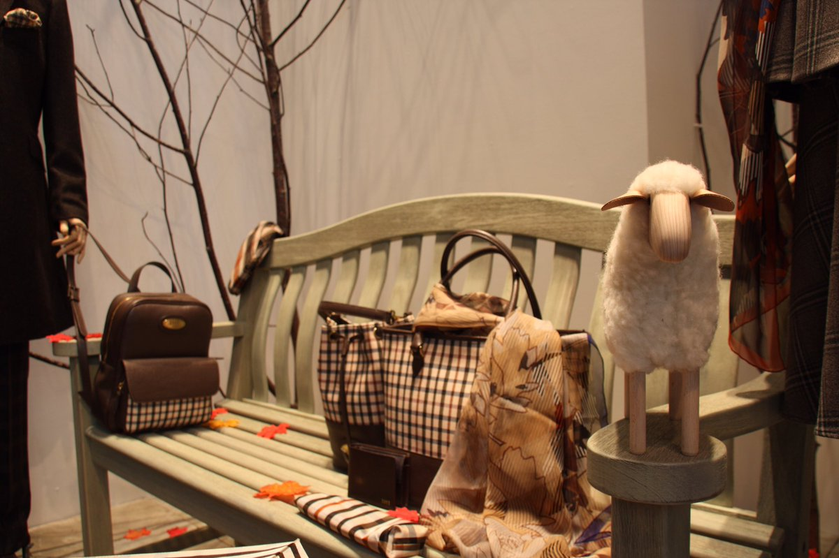 Come and visit us in-store at 10 Old Bond Street as we support @Campaignforwool #WoolWeek https://t.co/AV8jdNizhH