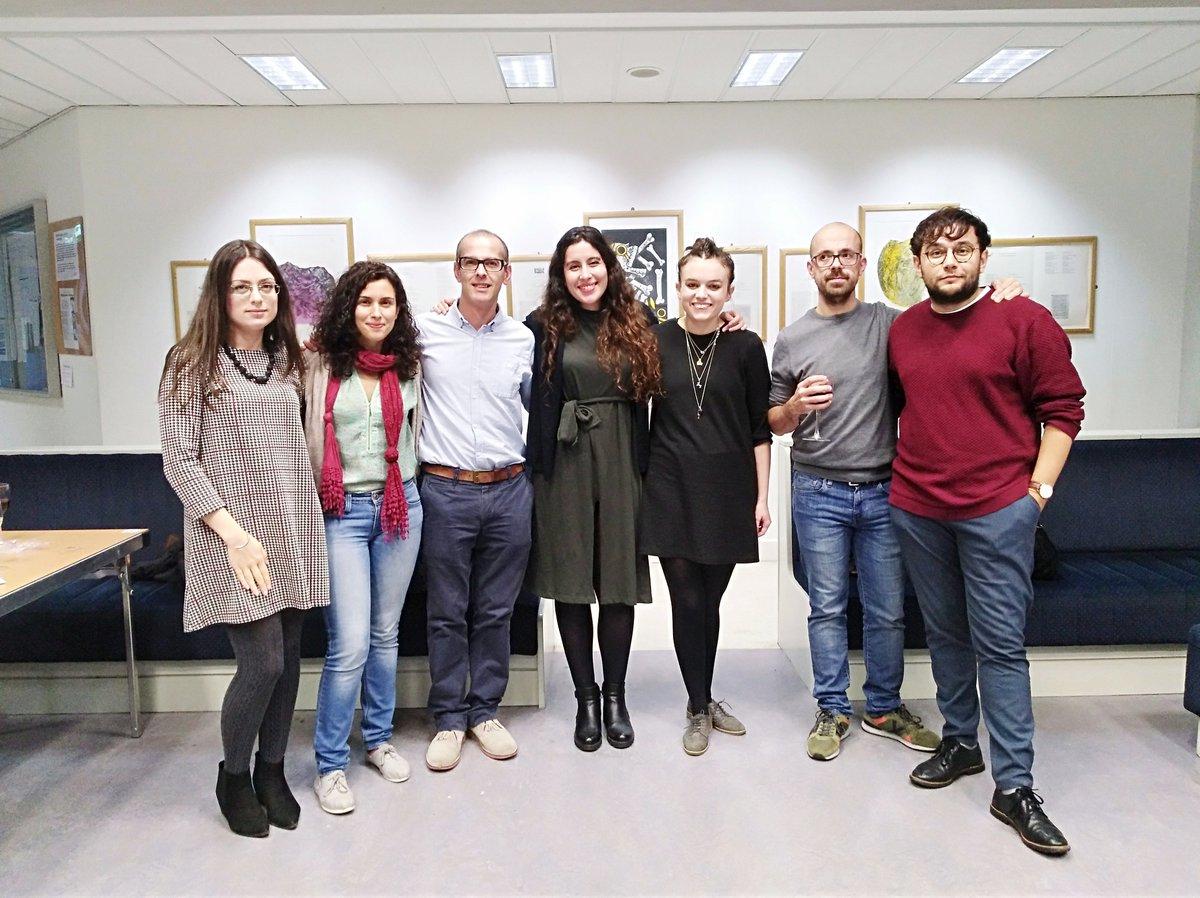 Eis unha mostra dos novos poetas, investigadores e tradutores da cultura galega. Moitas grazas @isaacxubin,@HarrietECook, Arancha Nogueira, @ismaelramos_ pola vosa participación no simposio Poetry and Poetics in Contemporary Galicia na #UCC. Obrigados polas vosas intervencións.