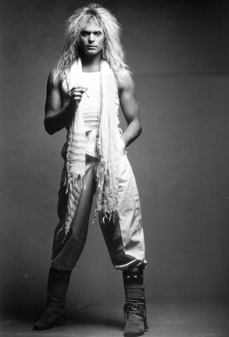 David Lee Roth always gives looks!!! Happy Birthday!!!