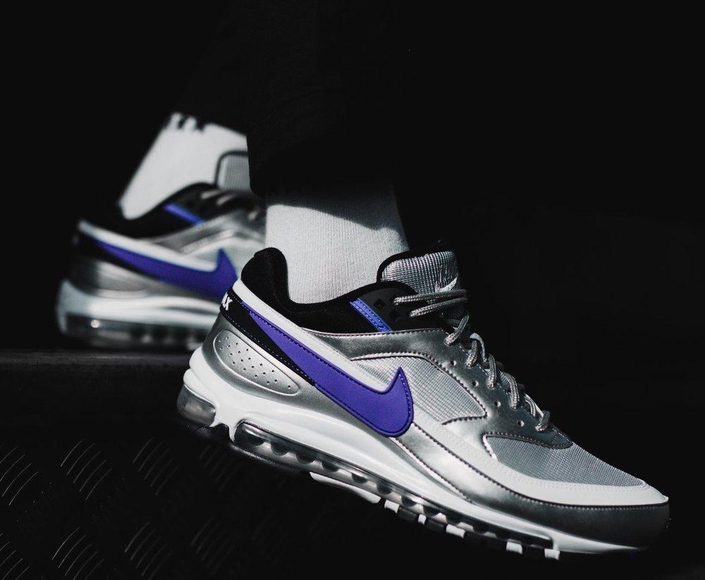 e680b8a9bc0de LIVE IN 30 MINUTES Nike Air Max 97  Metallic Silver  KicksUSA  https   bit.ly 2yushWy DTLR https   bit.ly 2CyQOOO SP  https   bit.ly 2yuFxKU JJ ...
