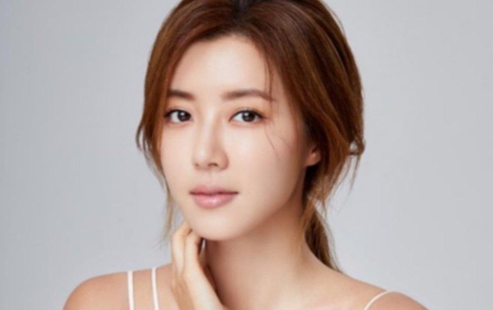 Yoo In Suk Gallery: Park Han Byul: Latest News, Breaking Headlines And Top