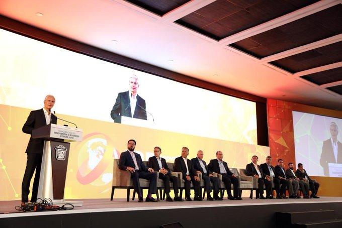 Hoy inauguré el Innovation & Business Forum, donde compartí con empresarios que en 2018, invertimos 1,500 millones de pesos en desarrollo científico en el #Edoméx, que eleva nuestra competitividad y productividad, para fortalecer la economía de las familias. Photo