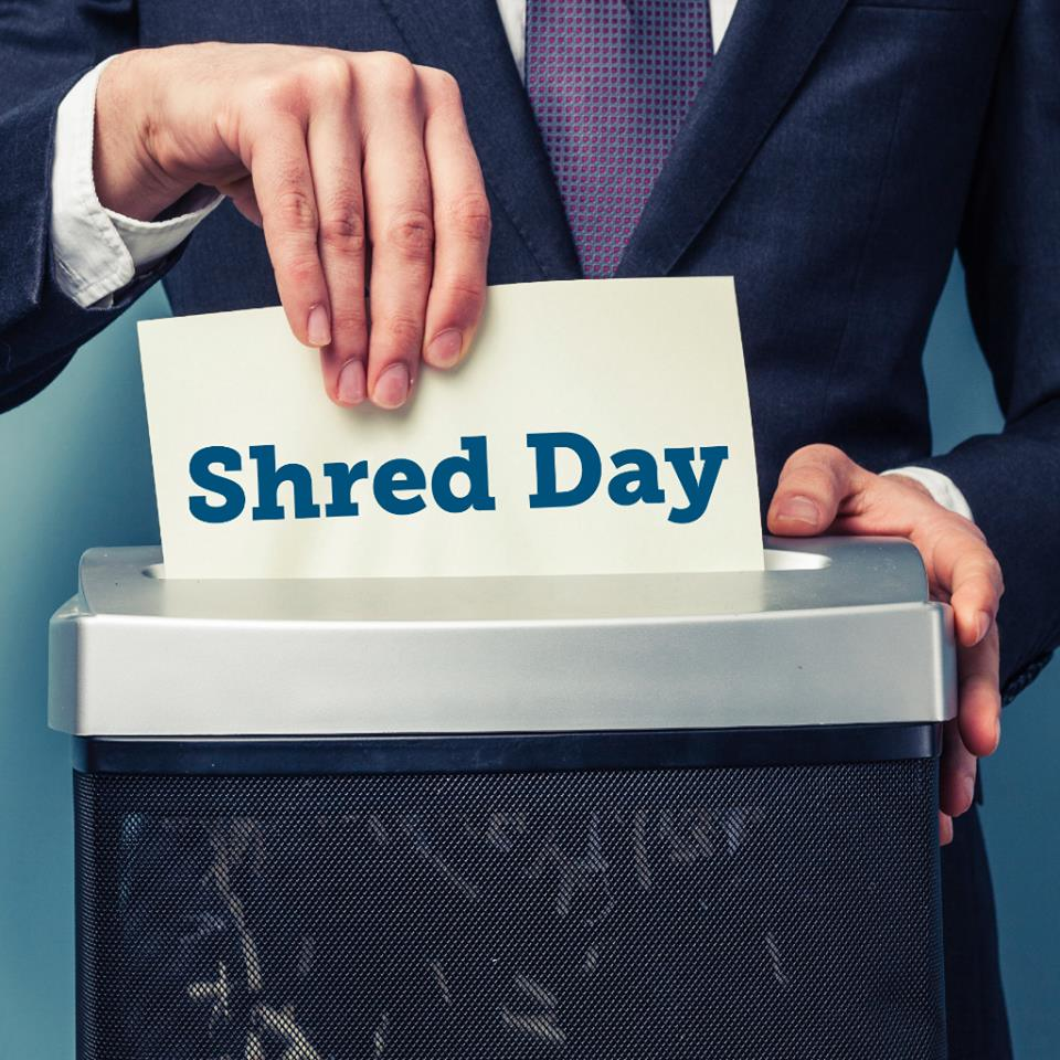 Drop off sensitive documents for FREE that you need shredded from now until 10am at the @WATrust #AirwayHeights location. (10609 W. State Route 2)  Info:  http:// watrust.com/shredday  &nbsp;   #ad #event #shredding<br>http://pic.twitter.com/BTZ0lvTsdh