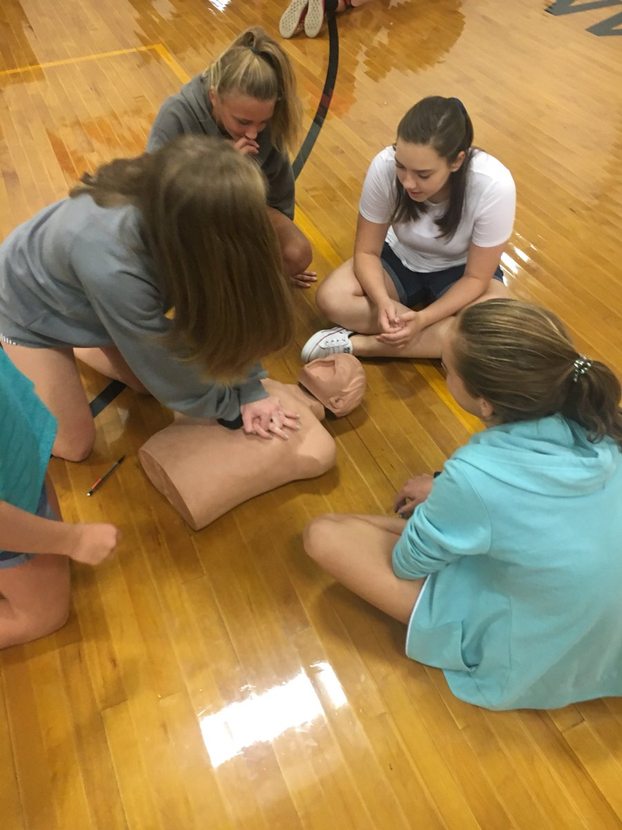 Roland Grise Middle On Twitter Pe Classes Learn The Importance Of
