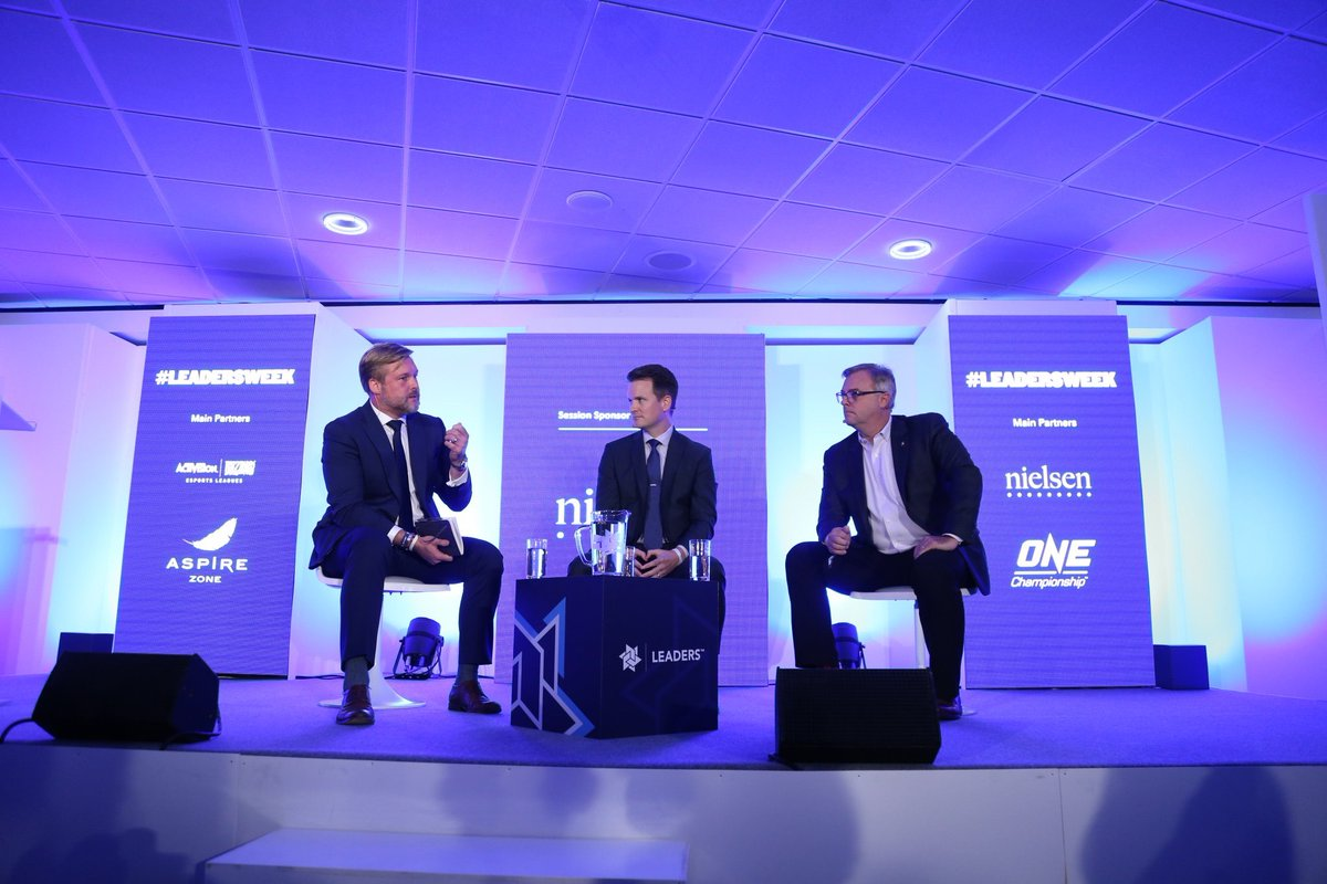 Ben Martin (@_ben_martin), Legends International VP of Partnerships, leads a  panel on what makes an attractive naming rights partnership for brands at #LeadersWeek!   Panel members: John Doig (@Scotiabank) Patrick Pierce (@EtihadAirways)<br>http://pic.twitter.com/yJogoTUX3t