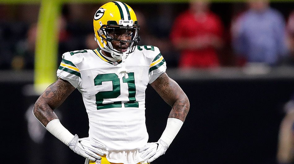 """I don't think I'm going to be in Green Bay next year... this is my biggest interview of my career""  - Ha Ha Clinton Dix   Packers fans', what are your thoughts on HHCD speaking about  free agency when it's only Week 6?! <br>http://pic.twitter.com/6tojT5Nhqf"