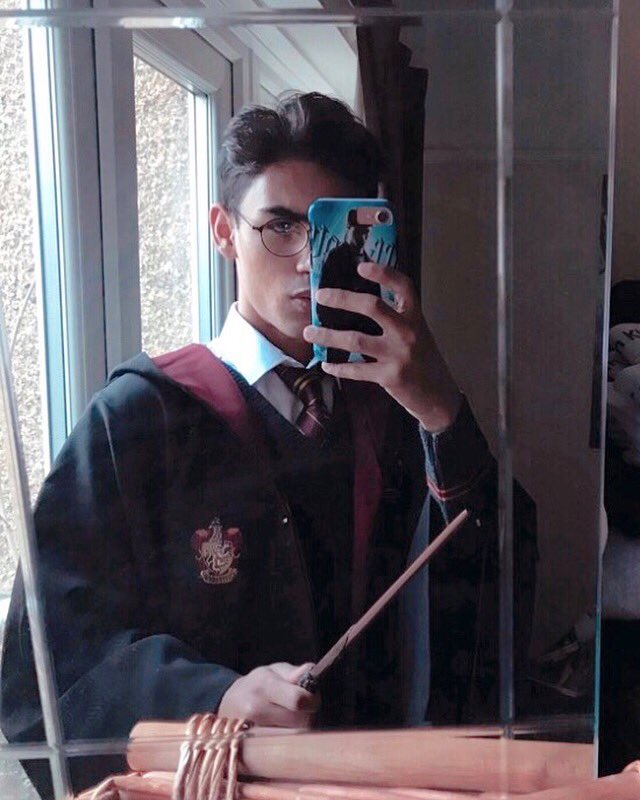 I have lived with Asperger's Syndrome for the last 25 years of my life. Harry Potter has been my escape from all the bad. It's because of my Asperger's that makes me Harry Potter's biggest fan. It gave me my passion & all I've achieved with Potter #worldmentalheathday