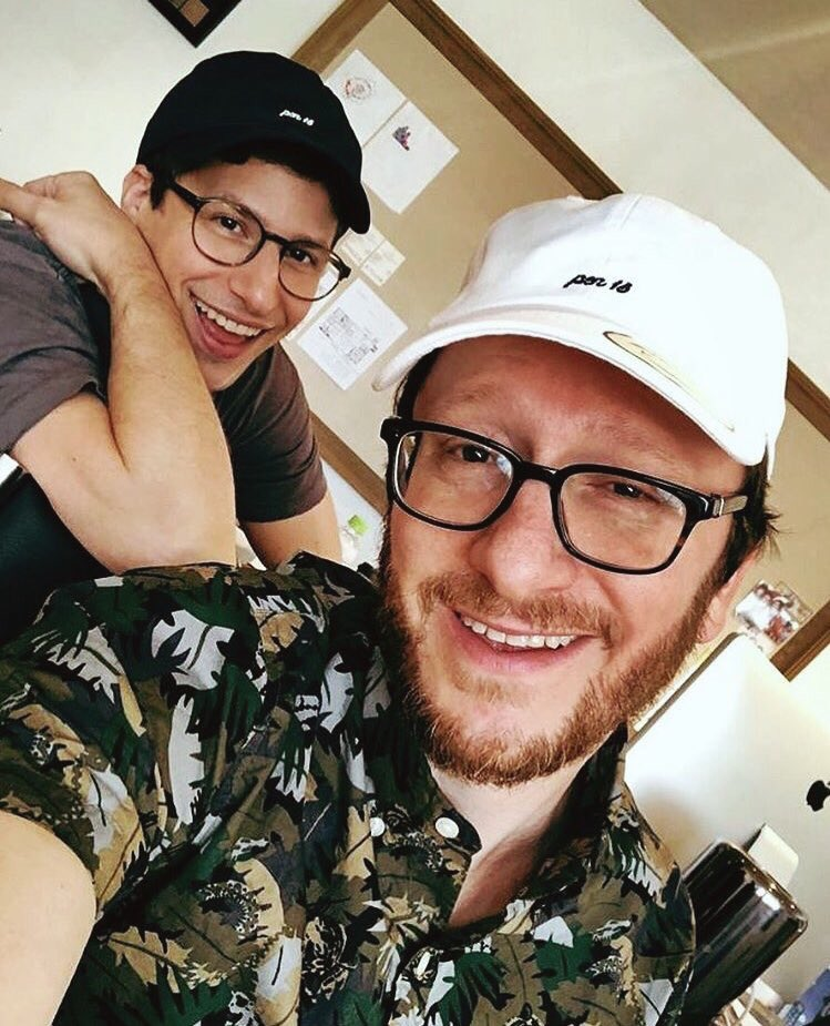 Hey, happy Wednesday you guys (via @thelonelyisland on instagram)