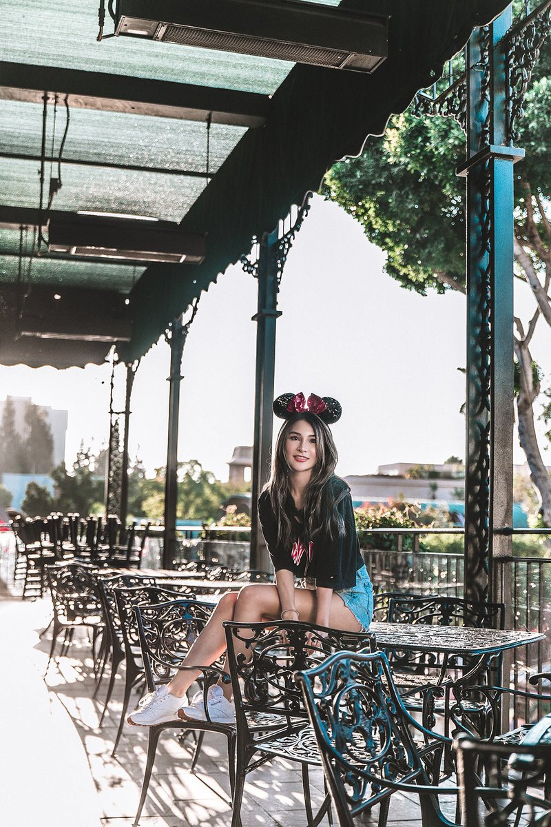 Joyful Day at Disneyland https://t.co/8gfQWe5FiE