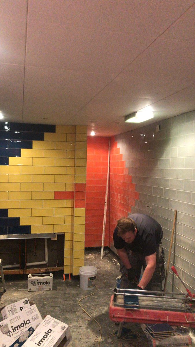 An Unusual Tiling Design Which Has Sent Some Of Our Tilers Goggle Eyed At The Tenpin Bowling Alley Clifton Moor York Looking Good Lads Pic Twitter