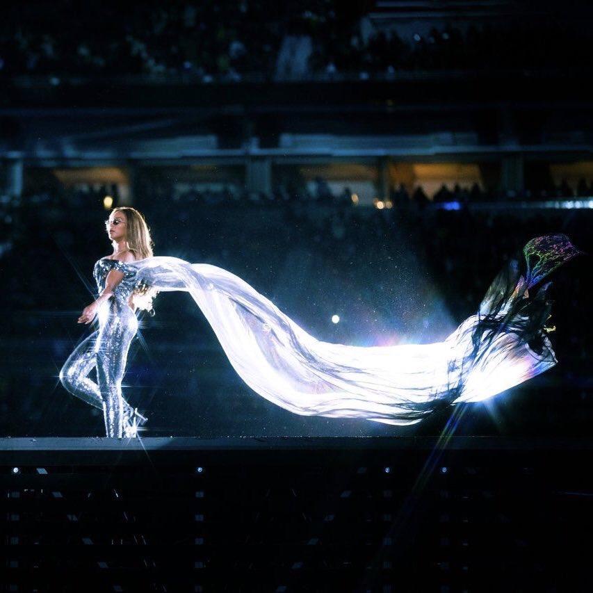 All this energy in #Scorpio (#Moon, #Mercury #Venus #Jupiter) has me like...  #AllTheFeels #Beyonce ♥️ https://t.co/s9ABP5mQ2N