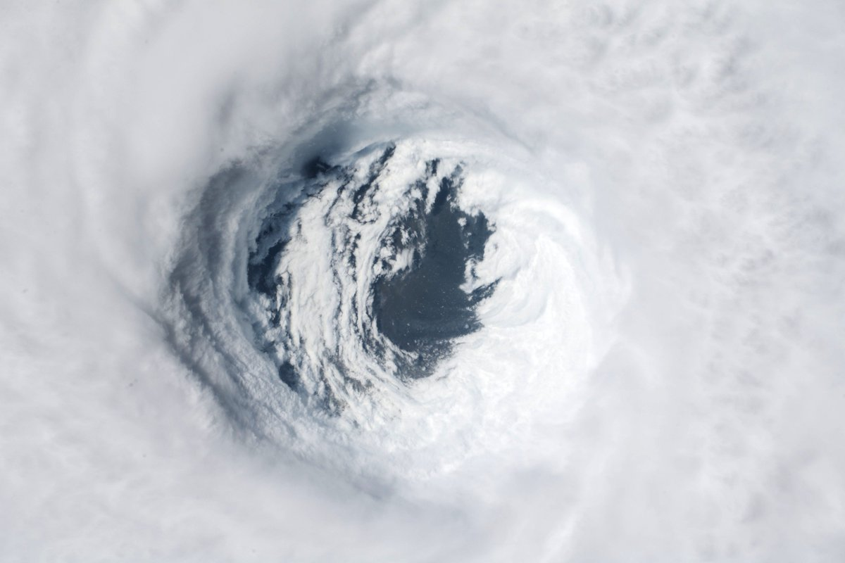 The eye of #HurricaneMichael before the storm made landfall on the Florida panhandle. This image was taken by @AstroSerena around noon on Oct. 10, 2018 as the @Space_Station orbited over the Gulf of Mexico. <br>http://pic.twitter.com/Bj8Te1voET