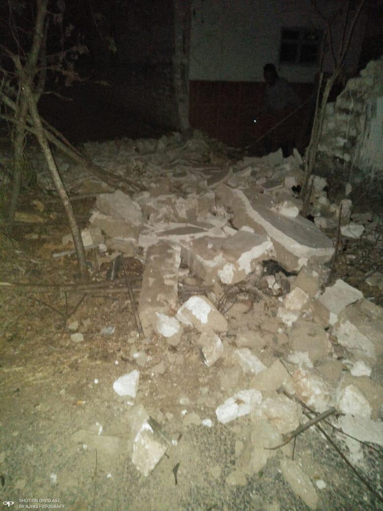 Kerusakan bangunan akibat gempa Situbondo 6,4 SR Kamis dini hari 11 Oktober 2018