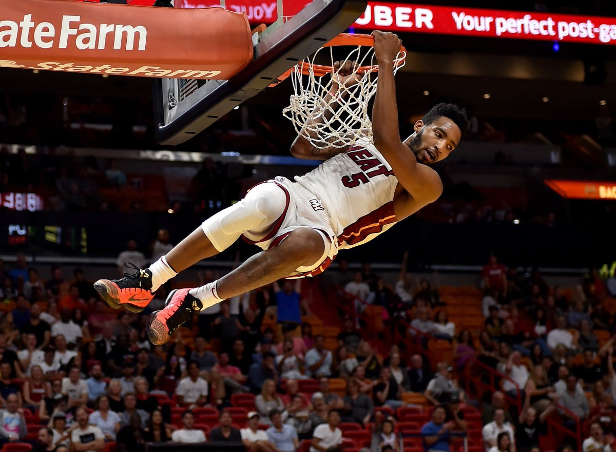 new style fcfe4 e154d TheRea1DJones dunks in the Nike Kobe 10 Elite Low