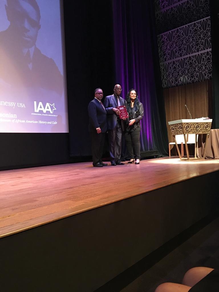 jesse owens global award