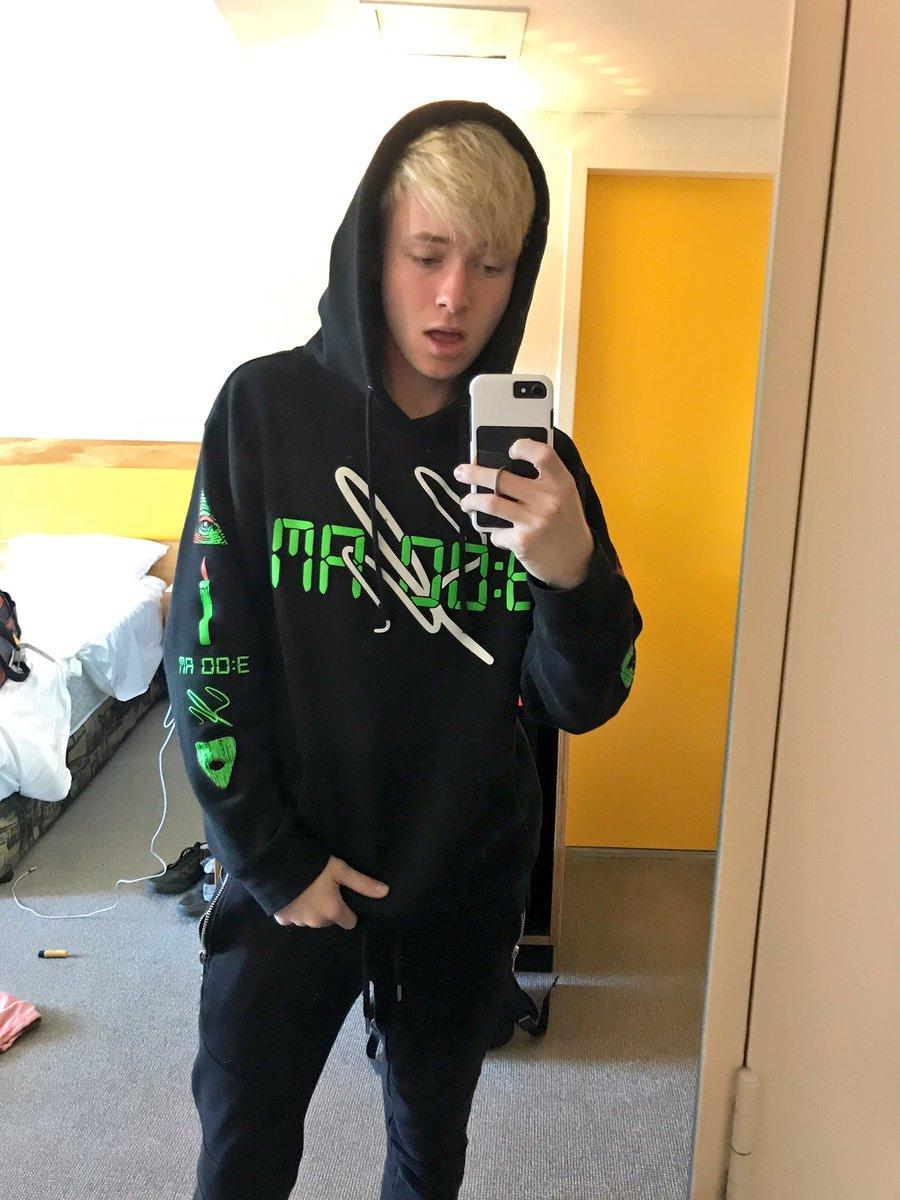 sam golbach 3am hoodie