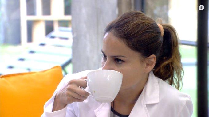 Mónica intenta convencer a Suso de que las palabras de Jorge Javier Vázquez fueron por la prueba y no por su actitud con Miriam. ¿Pensáis como ella? #GHVIP11O Photo