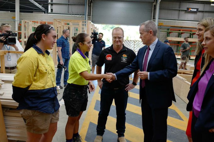 In May, I announced that Labor will pay the upfront fees for 100,000 TAFE students - & I expect that half of those places to go to women. Let's invest in the education & skillsets of girls to allow them to achieve their potential in their future jobs. #dayofthegirl #GenUnlimited Photo