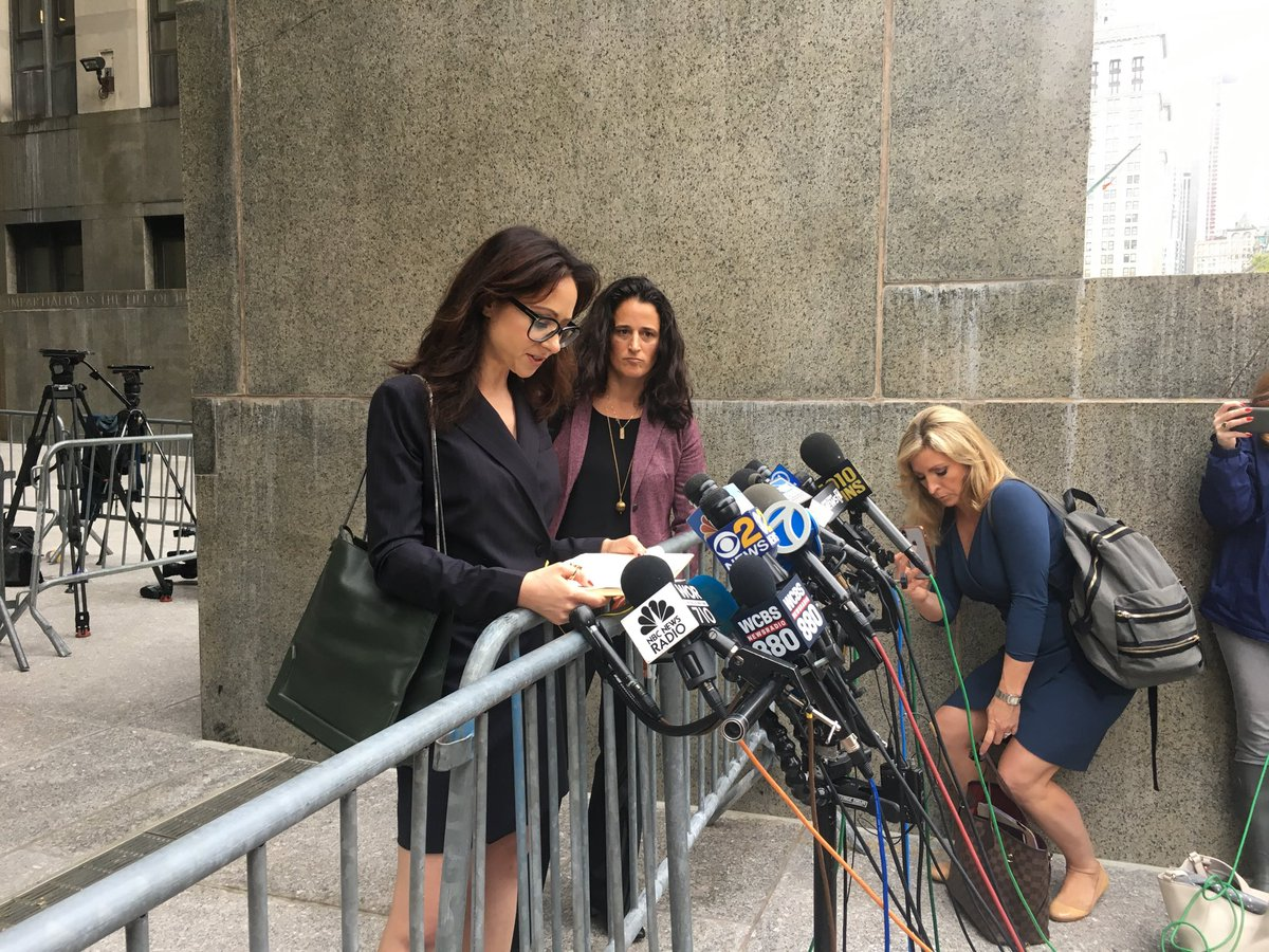 "Lucia Evans attorney denouncing Manhattan DA, asks ""Why is it so hard to hold rich powerful predators responsible?"" ""Over 80 women have accused Harvey #Weinstein of sexual harassment, assault.""  ⁦@wcbs880⁩<br>http://pic.twitter.com/xtyXhQnDEB &ndash; à New York Supreme Court Criminal Term"