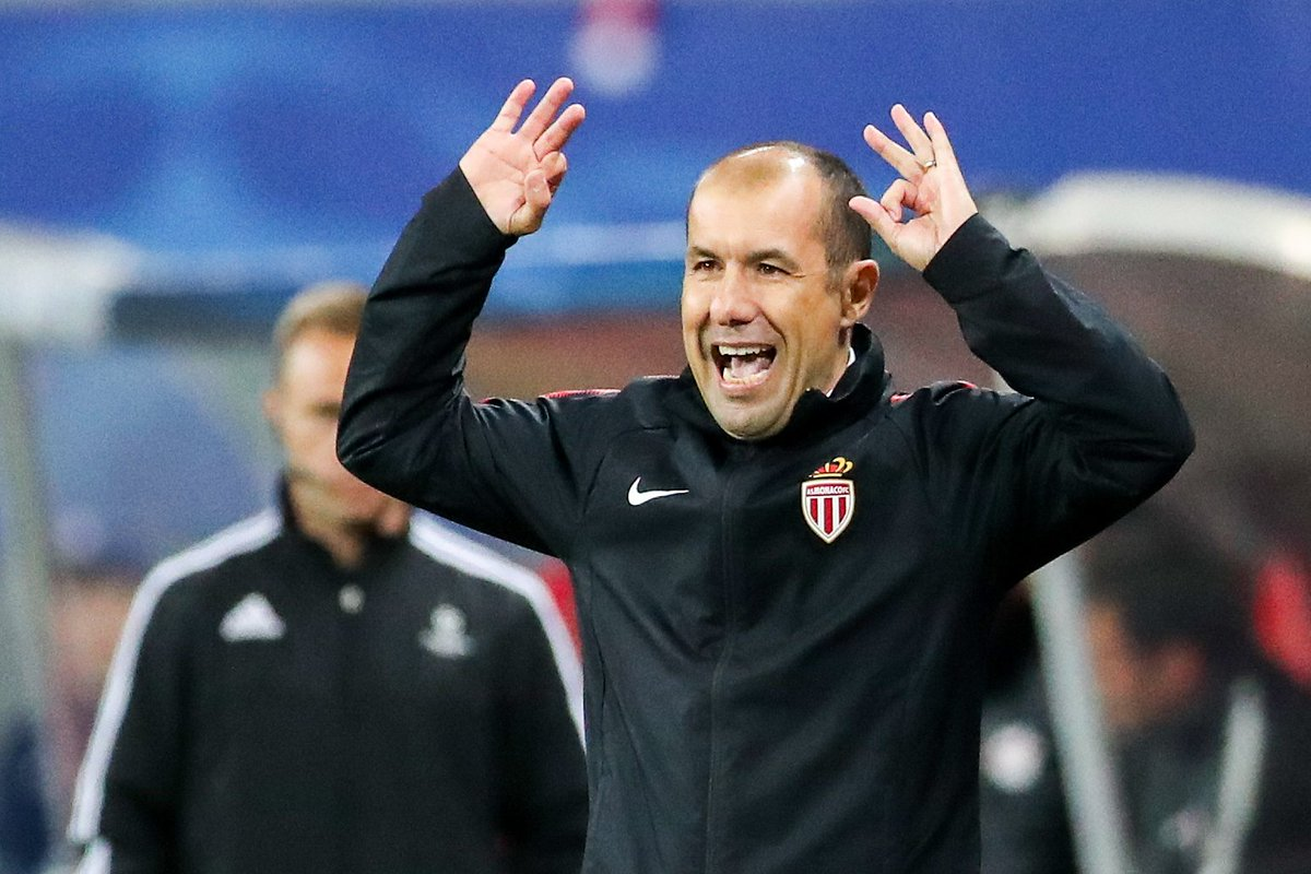 Leonardo Jardim&#39;s Monaco are the first and only side in history to win 15 Ligue 1 games in a row:  WWWWWWWWWWWWWWW  A run that stretched from February to August 2017. <br>http://pic.twitter.com/88W5J64p5F