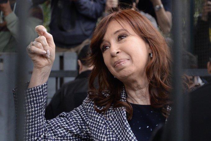 [URGENTE] Germán Moldes, fiscal ante la Cámara Federal, pide el desafuero y la detención de Cristina Kirchner. Ampliaremos. Photo