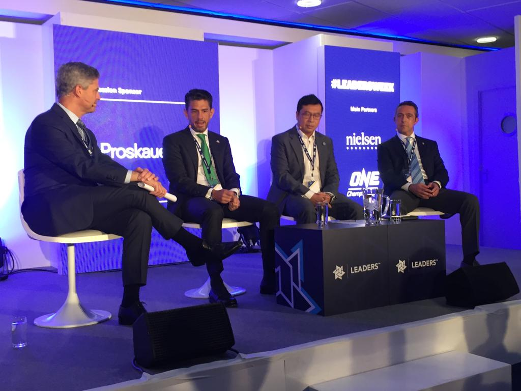 Our President Mr. Ali Koc participated &quot;Fan Experience and Growing Your Club Home and Abroad&quot; session of #LeadersWeek in London as a speaker. <br>http://pic.twitter.com/oYVOaE6U0e
