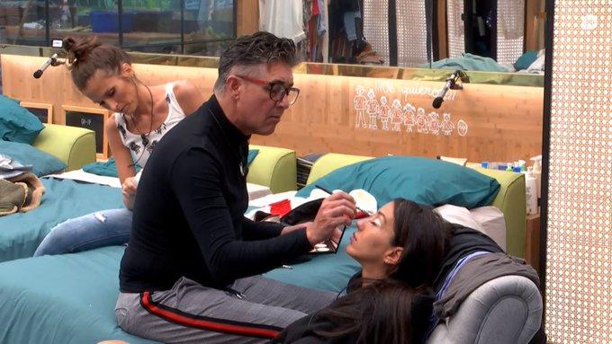 ¿Qué cámara prefieres? #GHVIP11O 🔄 Ángel Garó maquilla a Aurah ➡️ ❤️ Suso habla de su cabreo con Aurah ➡️ Photo