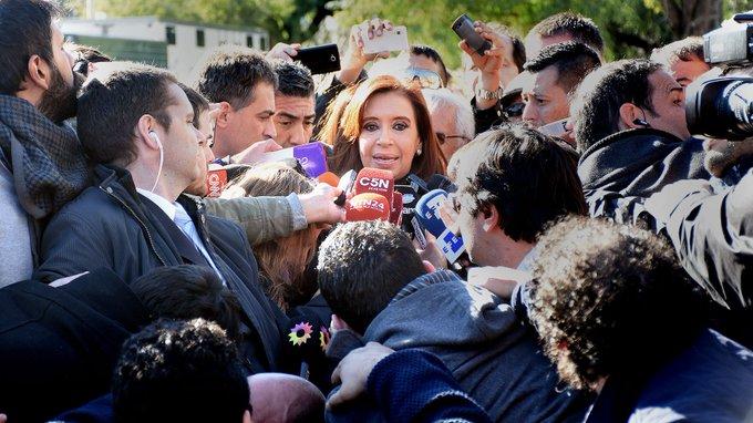 #Urgente   El fiscal Moldes pidió ratificar el procesamiento de Cristina en la causa de las coimas Photo