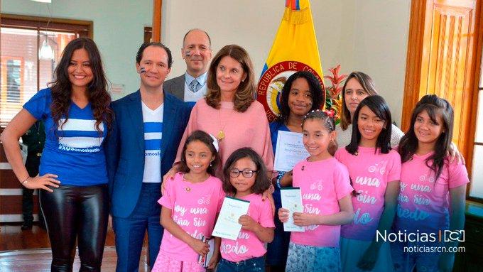 #DíaInternacionalDeLaNiña   Niñas de Soacha fueron vicepresidentas y presidentas del Consejo de Estado por un día Photo