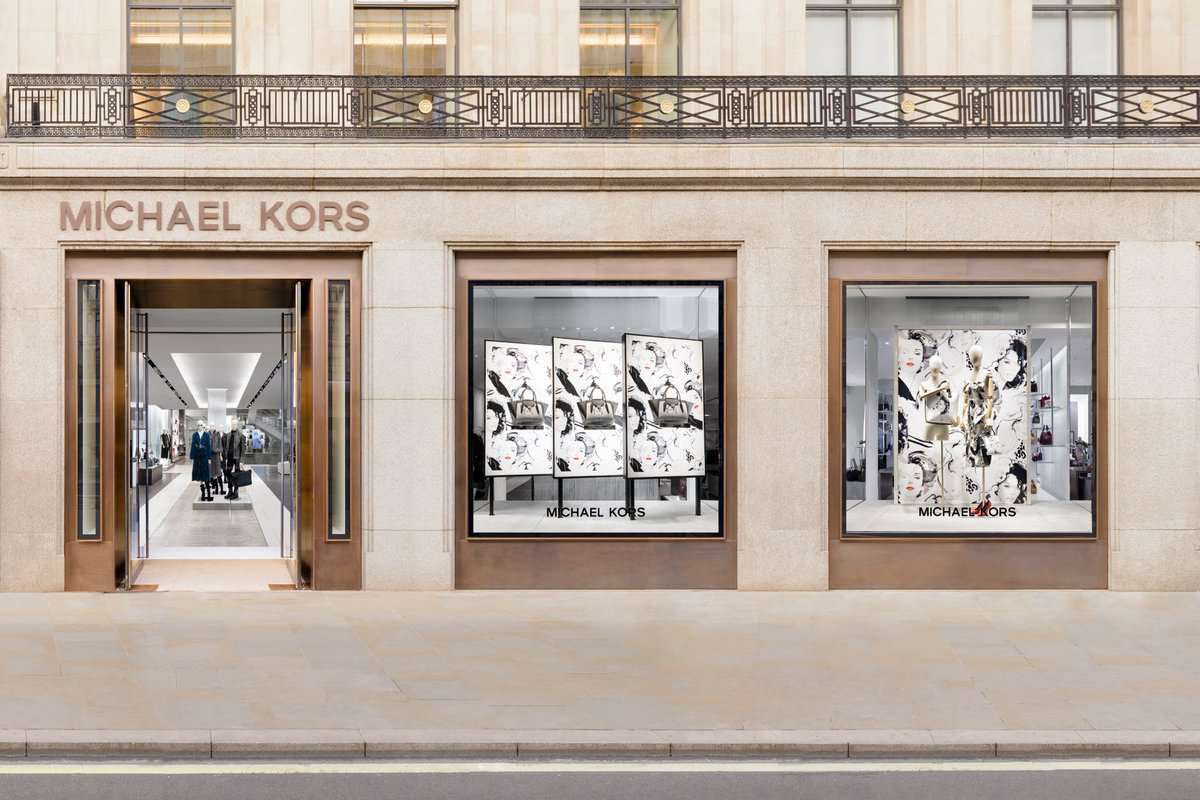 3231745e646503 @MichaelKors 7 months. were in london celebrating our fall 2018  collaboration with british fashion artist david downton regent street