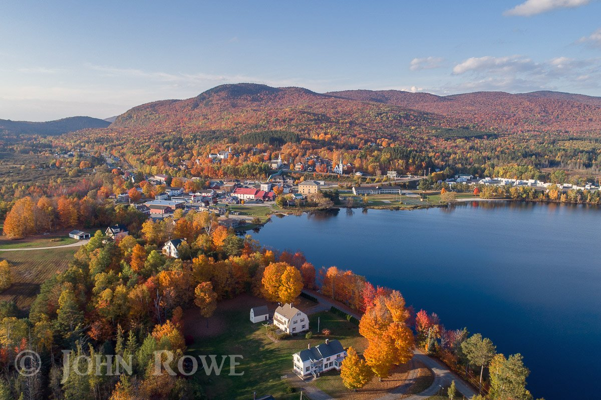 Caught a nice break in the weather yesterday afternoon just before sunset in Island Pond #VT #fallfoliage #nek  @MichaelPageWx  @TimNBCBoston @SeanMParker @HaleyBouleyWX @ericfisher @WCAX_Dan @JimCantore @WeatherEric @weatherchannel @VermontTourism @THISISVT @gilsimmons<br>http://pic.twitter.com/lzzF4ORlF2