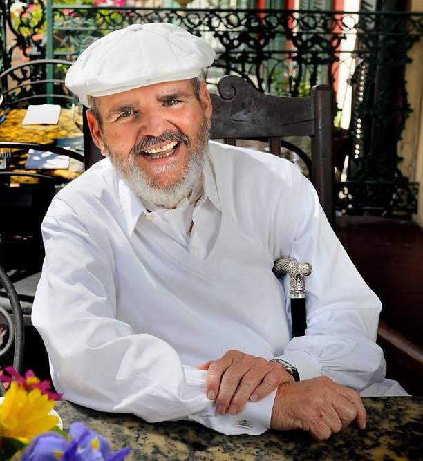 Tomorrow evening we are honoring the late Chef Paul Prudhomme by holding a Famous Chef Series class highlighting his creole and cajun style cooking. #louisiana #chef #chefprudhomme #cookingclass https://t.co/ANb1SpvWL2
