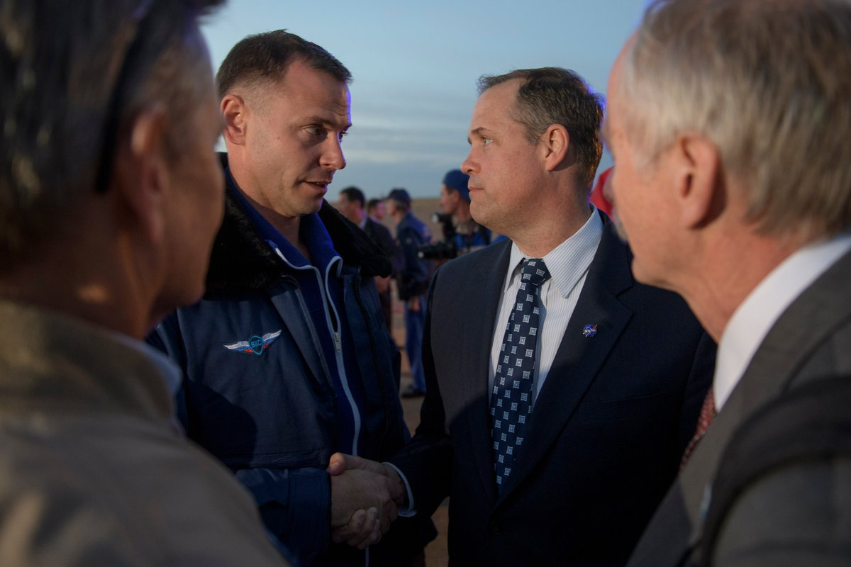 Astronaut Nick Hague of @NASA (left) is welcomed by NASA Administrator Jim Bridenstine after landing safely in Kazakhstan following the failure of Soyuz rocket booster.  https:// flic.kr/p/NbgBer  &nbsp;  <br>http://pic.twitter.com/0lqUb5RKo7